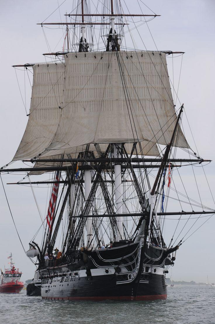 """USS Constitution """"Old Ironsides"""", frégate en bois à trois-mâts de l'United States Navy (plus vieux navire encore en service actif dans le monde 1797)"""
