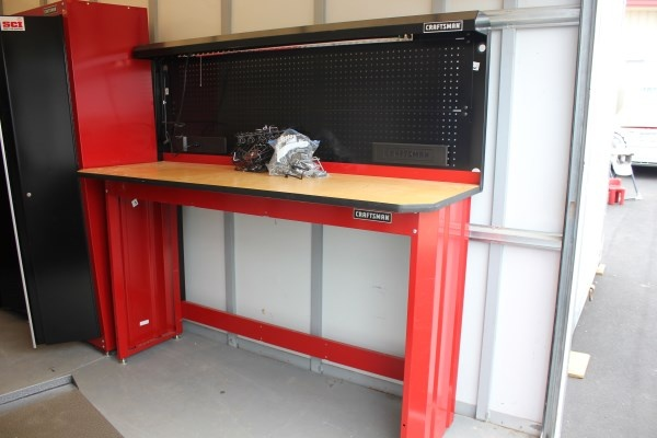 Craftsman Wooden Top Work Bench With Built In Peg Board And Overhead Light Fast And The