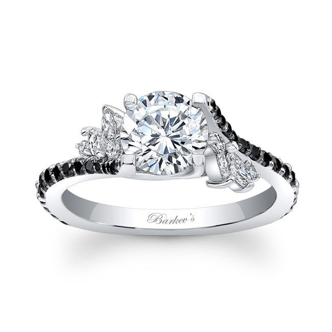 #globalrings #bridal #wedding #bride #engagement #white #gold #silver #diamonds #diamond #pave #solitaire #threestone #love #beautiful #sparkling #losangeles #bling #stunning #forever #jewelry #jewels #rings www.globalringsjewelry.com #black