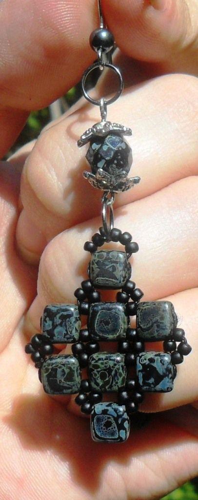 Серьги из тилы Пикассо - матовый черный   biser.info - всё о бисере и бисерном творчестве