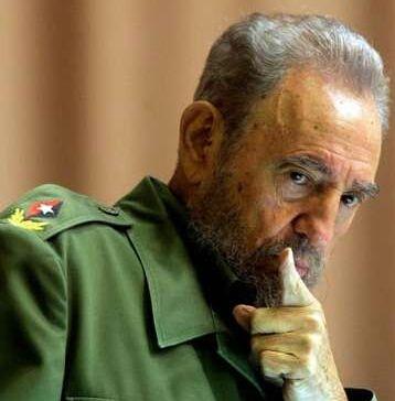 "Kicauan Donald Trump, "" Fidel Castro is Dead """