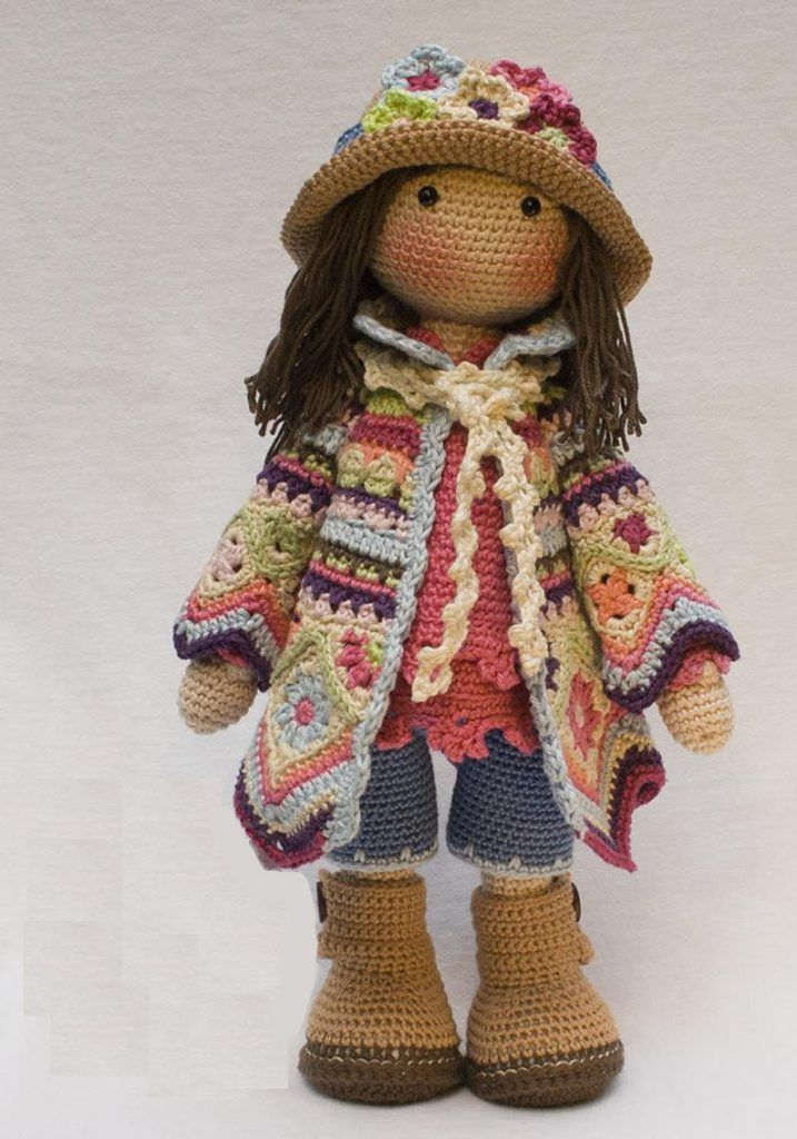 Tuto en francais | Bonecas, Bonecas de crochê, Padrão de boneca de ... | 1024x717