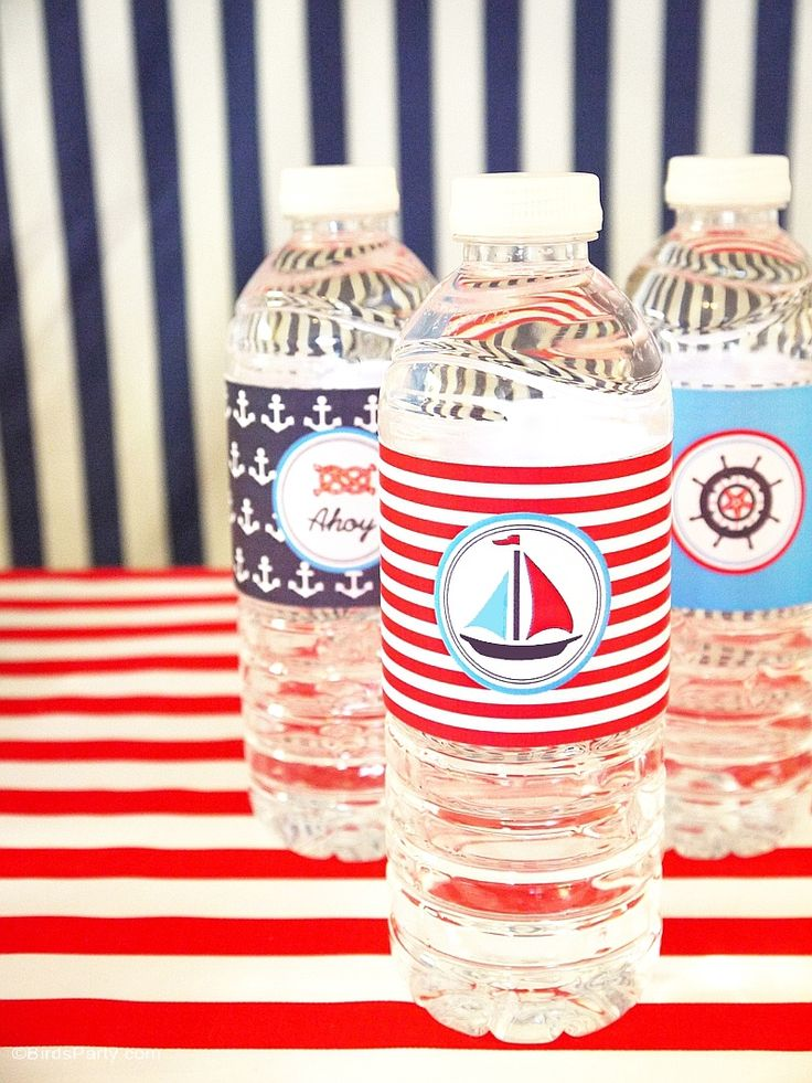 Red, white and blue party ideas with a nautical theme! Perfect for the 4th of July celebrations or summer BBQ! Lots of DIY decorations, party printables and food ideas!