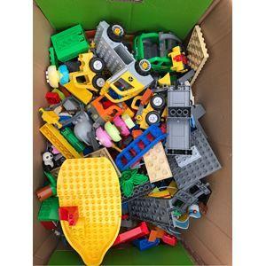 Lego Duplo, En flyttekasse med duplo. Elektrisk togbane
