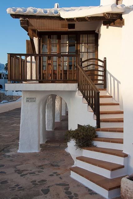 Fischerdorf aus der guten alten Zeit. Heute ein Touristenziel, aber trotzdem schön. Menorca, Spanien