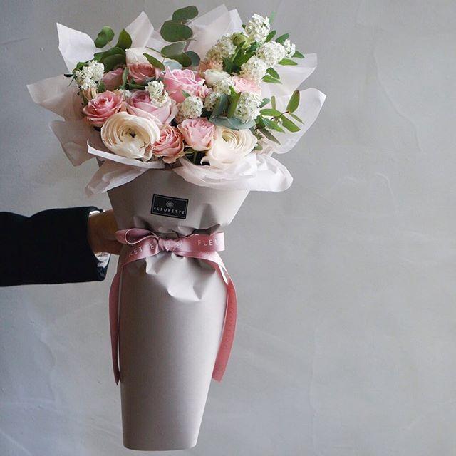 428 best cajas y empaques para flores images on Pinterest | Flower ...