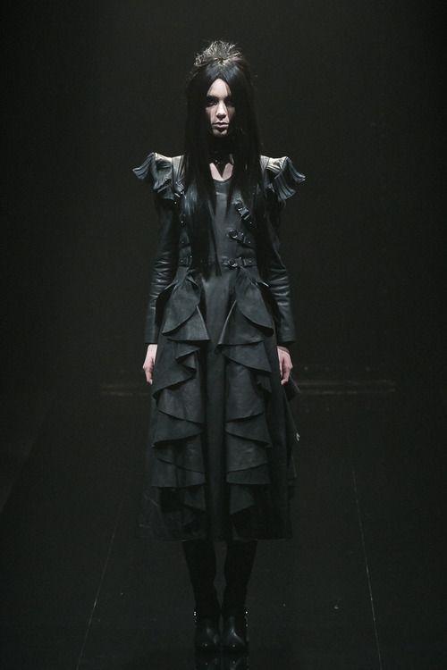 [No.8/55] alice auaa 2013~14秋冬コレクション | Fashionsnap.com