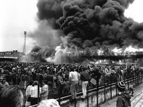 When one thinks of tragedies in English football history, the likes of Munich, Heysel and Hillsborough rightly spring to mind. What happened at Bradford on 11 May 1985 should never be forgotten either. Lessons have been learned from that terrible day, and happily stadiums are so much safer now than in the pre-Premier League era. The Valley Parade fire disaster claimed the lives of 56 fans.