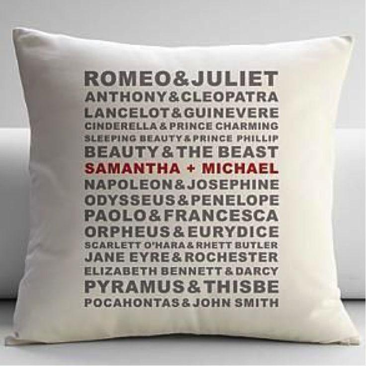 entre para a lista dos casais mais apaixonados do cinema! almofada como decoração ou lembrancinha de casamento!