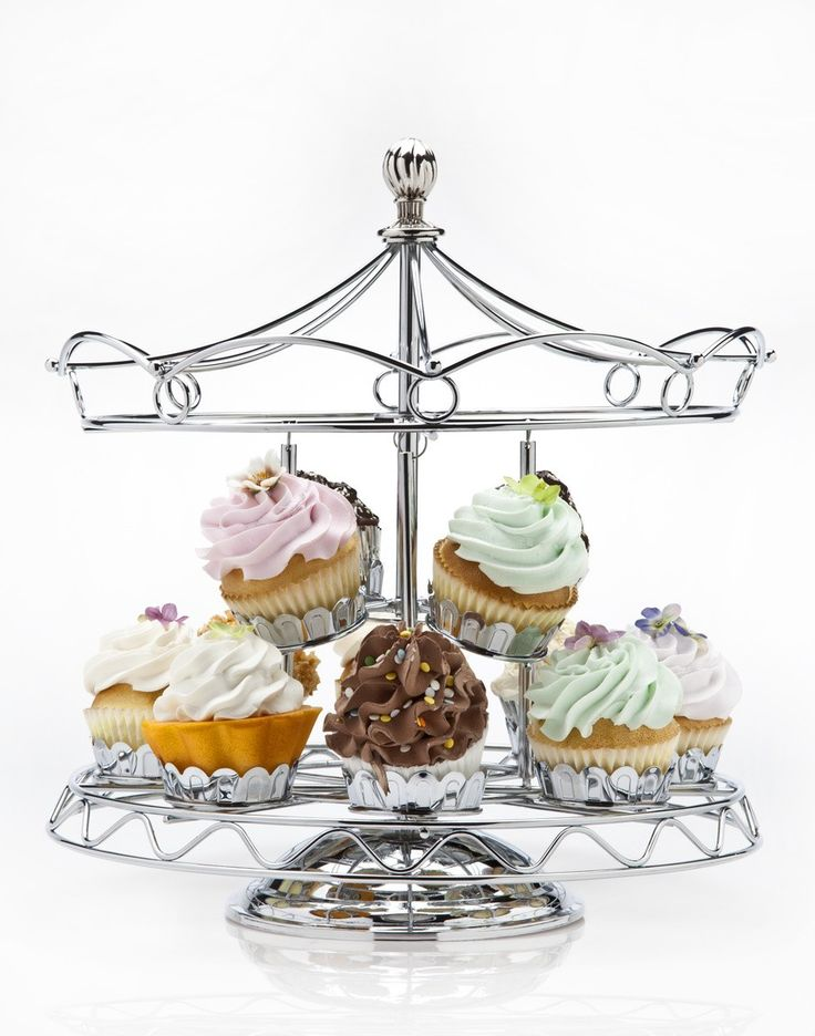 Carousel Cupcake Holder! How cute is that?