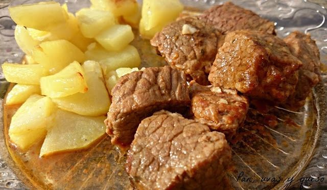 Carne Guisada Al Estilo Chigre En Crock Pot Pan Uvas Y Queso Carne Guisada Guiso De Ternera Carne