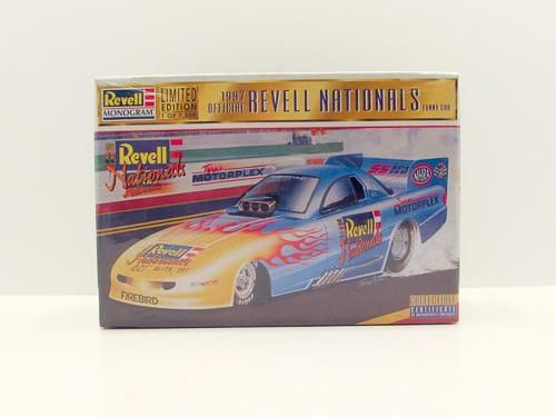 Revell Monogram 1:24 1997 Official Revell Nationals Funny Car Limited Kit #4126