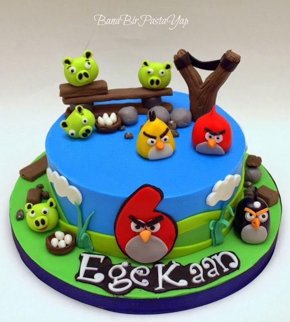 1000 images about cakes angry birds on pinterest for Angry birds cake decoration kit