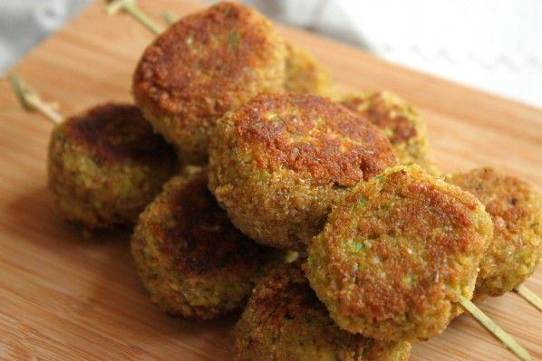 Croquettes de poivron vert, courgette et flocons d'avoine