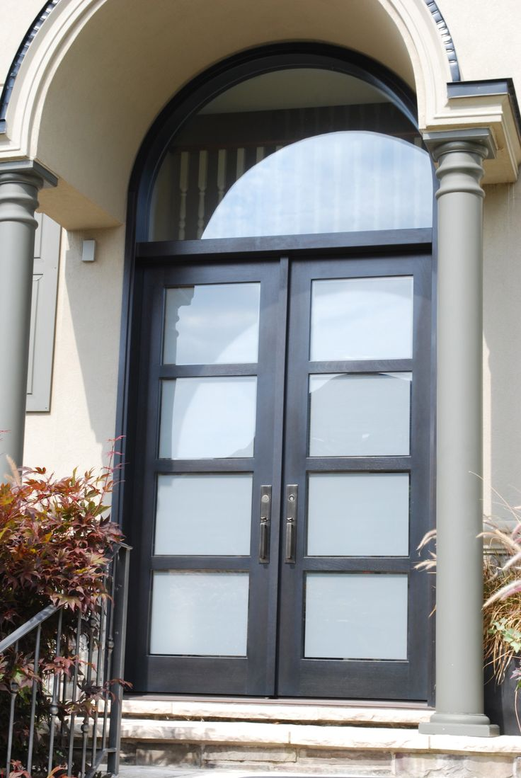 This Is A Stunning Amberwood Modern Door On A North Oakville Home It Is A Solid Mahogany Double