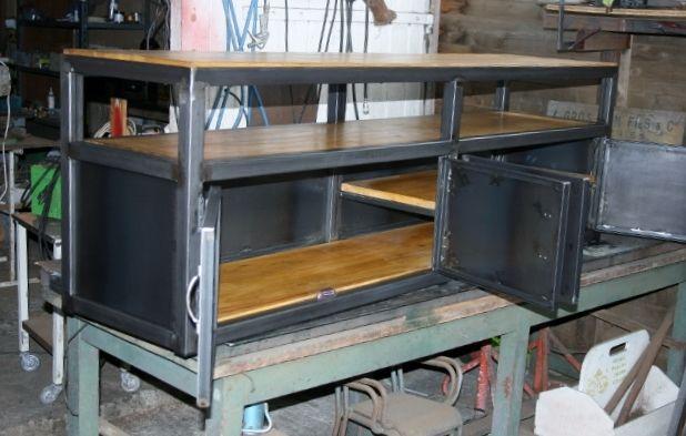17 meilleures id es propos de meuble tv style industriel for Meuble metal industriel loft