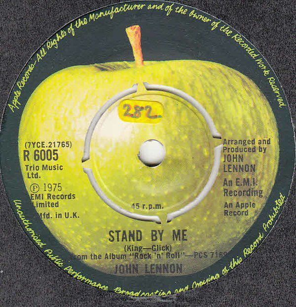 John Lennon - Stand By Me  Apple Records R 6005 - Enregistré en 1974 - Sortie le 10 mars 1975  Note: 7/10