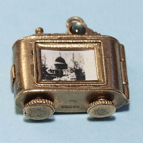 Vintage rare 9ct 9kt gold charm Camera stanhope London souvenir *open *move 7.4g