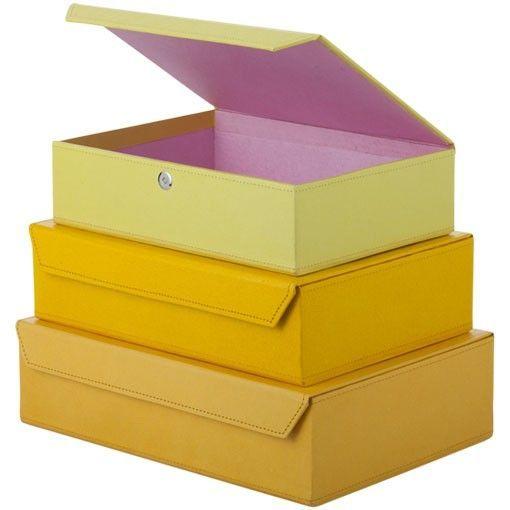 Platte, stevige opbergdozen met magneetsluiting in 3 verschillende maten en verschillende kleuren.