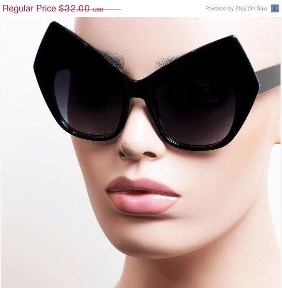 HELLO AUTUMN VTG Deadstock 90's Cyber Kitty Cat Frame Sun Glasses