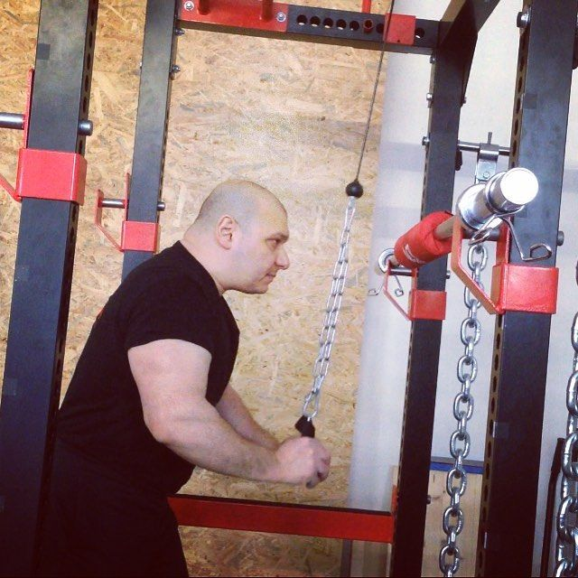 #functionaltraining #power #kraft #balance #Fitness #personaltrainer #funktionaltraining #strongmann #squats #TRX #Muskelaufbau #Entspannung  #atxpower #bizeps #trizeps #Plattform #motivation  #progressivefitness #gruppentraining #crosstraining www.docawingzun.de http://www.butimag.com/atxpower/post/1474022060060847268_1472517167/?code=BR0x0EBBCyk