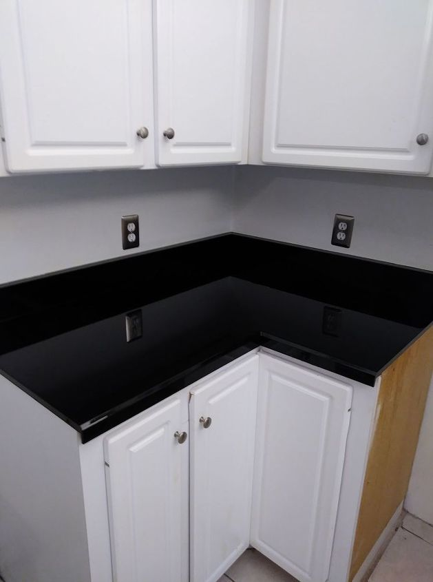 How To Paint Kitchen Cabinets Without Sanding Diy Formica Countertops Painting Kitchen Cabinets Painting Laminate Countertops