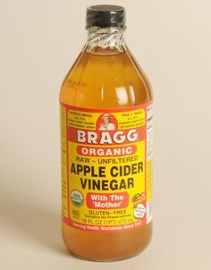 Remove Build-Up With an Apple Cider Vinegar Hair Rinse