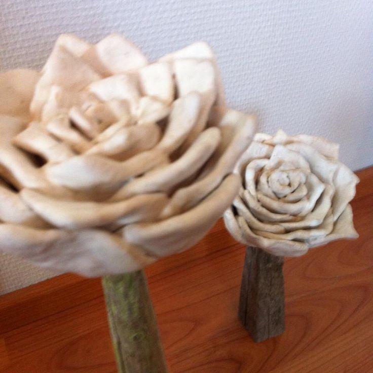 Keramiikkaruusu,heinäseiväs varsi,ruusu,keramiikka,heinäseiväs