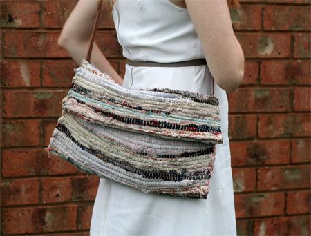 hippy style super simple rag rug satchel - weekend DIY projectRag Rugs, Hippie Styles, Hippie Diy Simple, Bags Dig, Pinterest App, Hippy Style, Diy Rugs, Diy Projects, Crafty Ideas
