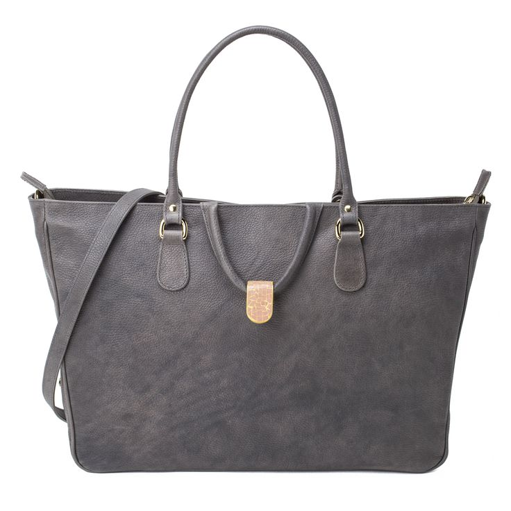 ARGENTELLA Women's vegetable-tanned, hand-colored, Tuscan leather bag.  http://www.vodivi.com/shop/en/home/10-argentella.html