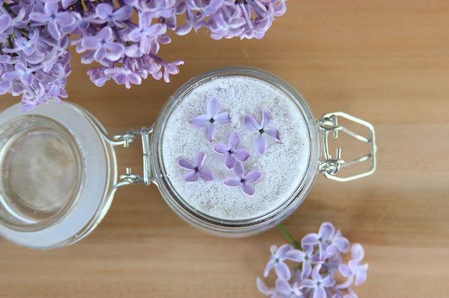 Lilac sugar  Šeříkový cukr