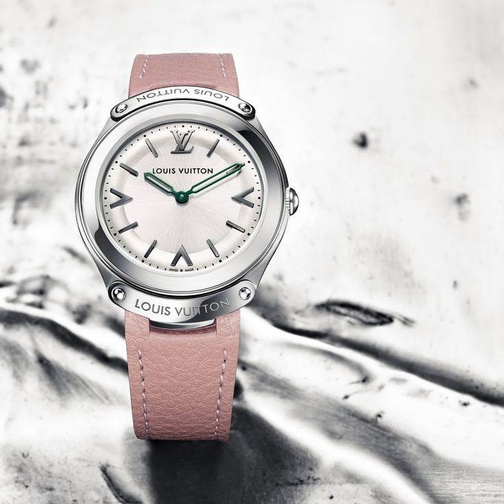 Pretty in pink this Valentine's day with the @LouisVuitton LV Fifty Five 31mm quartz watch - €2,900 #LouisVuitton #LV #ladieswatch #luxurywatch #valentinesgifts #prettyinpink