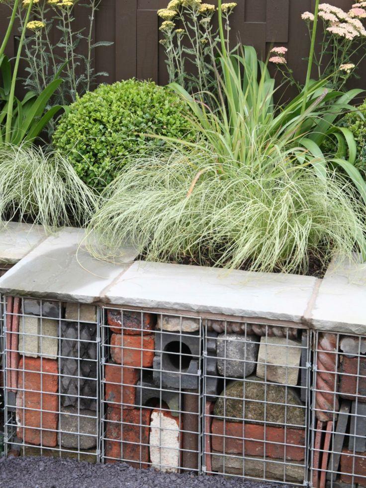 Gartenidee Für Gabionen Mit Beton  Und Backsteinresten