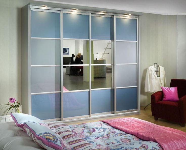 Pallas liukuovi opaalilasilla sopii hyvin lastenhuoneeseen. #liukuovet #makuuhuoneenkaappi #vaatekaappi #lastenhuone