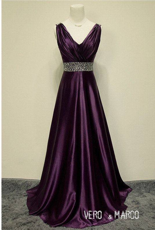 Hey, I found this really awesome Etsy listing at https://www.etsy.com/listing/201329962/purple-beaded-belt-shoulder-straps-v