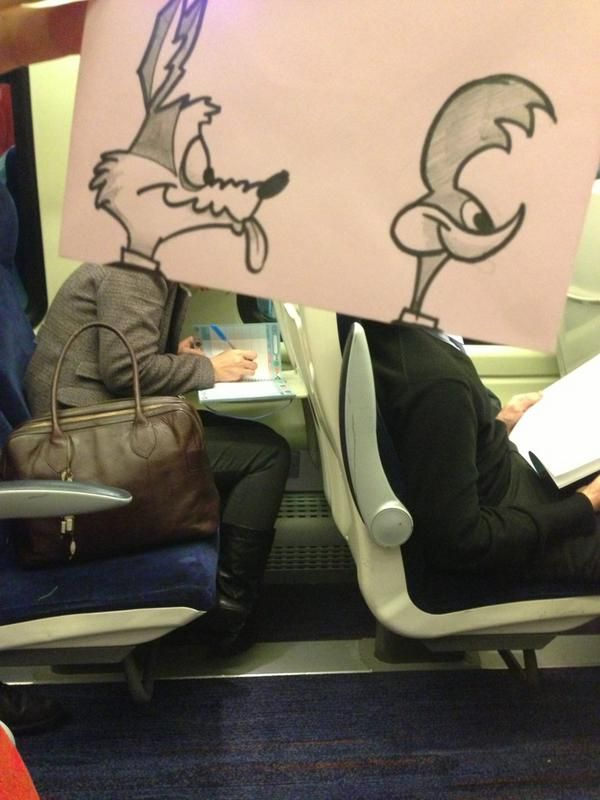 Artist finds way to pass time on his commute