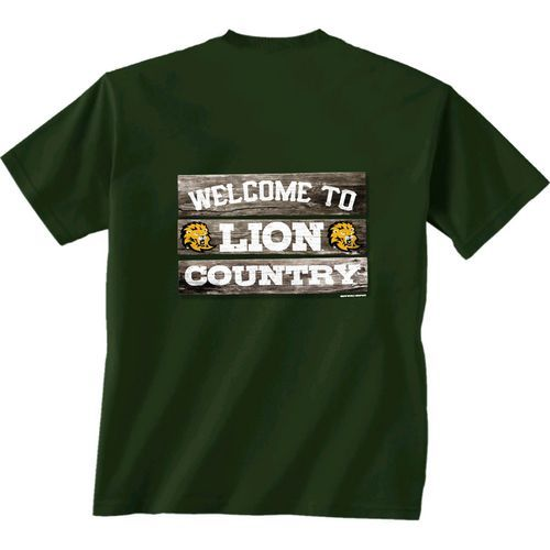 New World Graphics Men's Southeastern Louisiana University Welcome Sign T-shirt (Green Dark, Size X Large) - NCAA Licensed Product, NCAA Men's Tops...