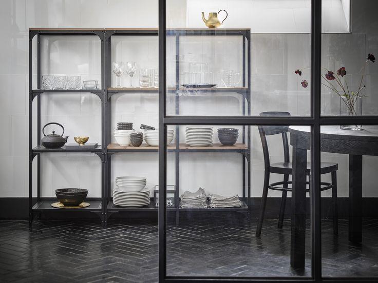 25 beste idee n over opbergen woonkamer op pinterest bank ikea plankenbureau en ikea woonkamer - Opslag idee lounge ...