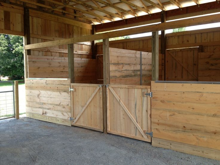 how to build a horse stall in a barn