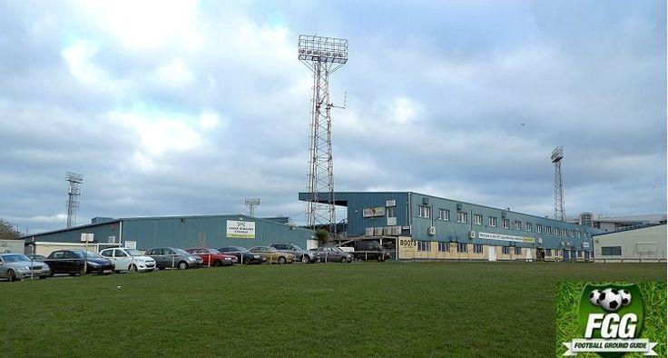 Torquay United FC   Launa Windows Stadium   Plainmoor   Ground Guide
