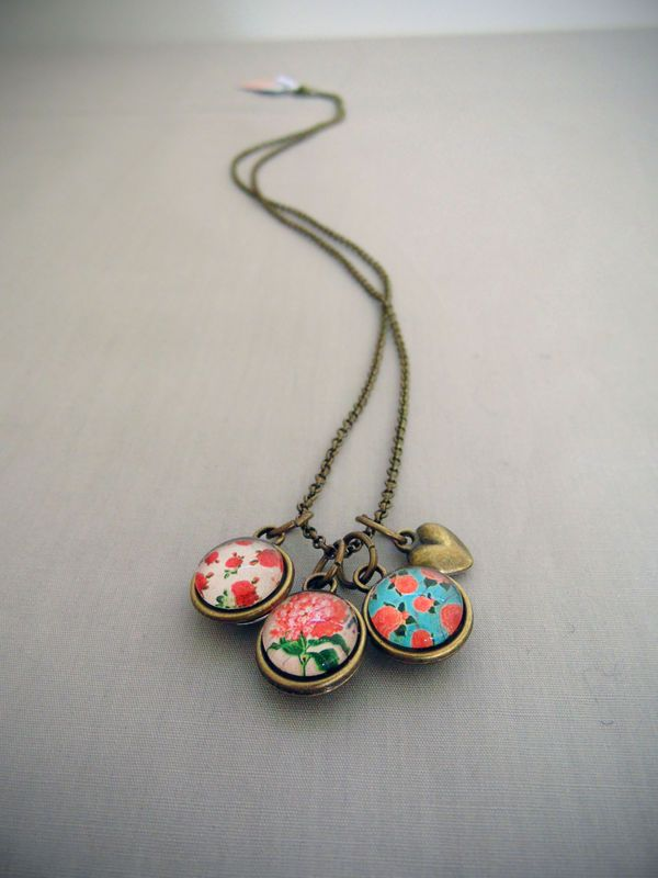 Trio Pendant (Double Sided) - Florals http://songbirddesigns.mysupadupa.com/collections/songbird-classic/products/trio-pendant-double-sided-florals--3