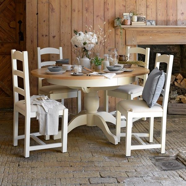 Sussex Painted Round Extending Dining Table From The Cotswold Company Country Style Dini Country Kitchen Tables Country Style Dining Room Kitchen Table Oak