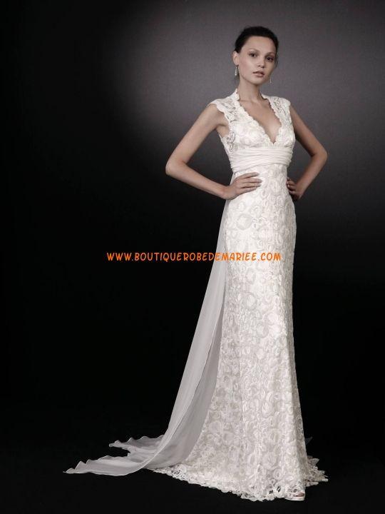 Robe de mariée dentelle col V avec traîne