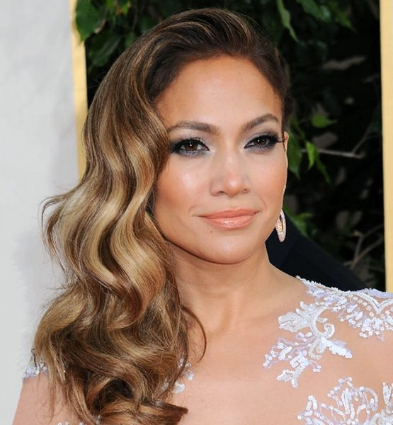 The old-hollywood hairstyle celebs love