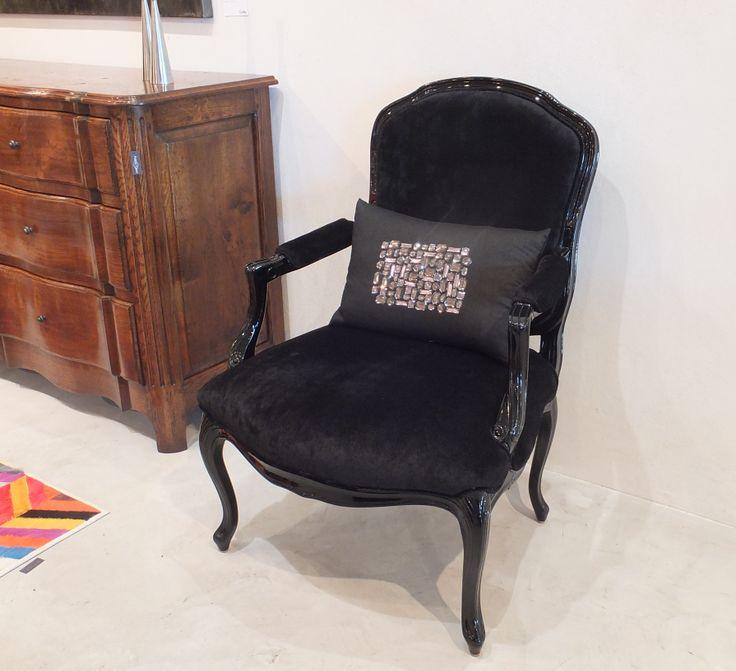 Louis XV Carver - Black Lacquered - in Rene 'Noir'  & Diamante Cushion