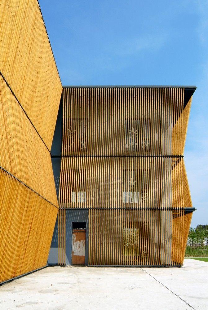 The Green Pine Garden / Scenic Architecture