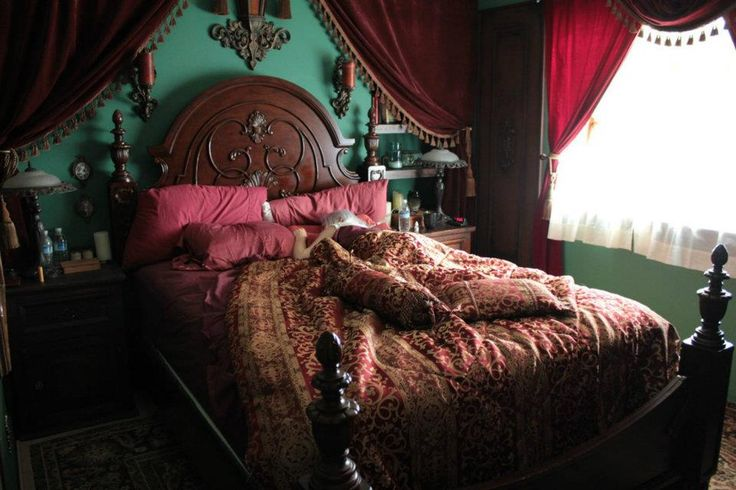 26 best steampunk bedroom images on pinterest beds gothic interior and homes - Steampunk bedroom ideas ...
