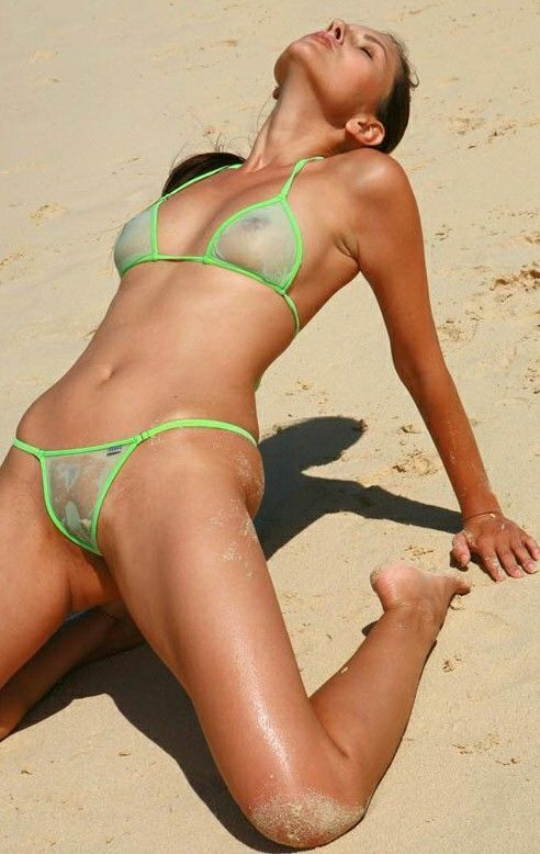 Smoking Ebony Babe Spreading On The Beach