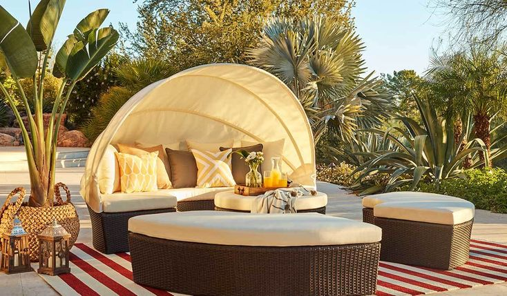 Summer is all about moving your routine outdoors. Create your own outdoor oasis with these swoon-worthy outdoor furniture finds! #outdoorfurniture #patiofurniture #dinealfresco