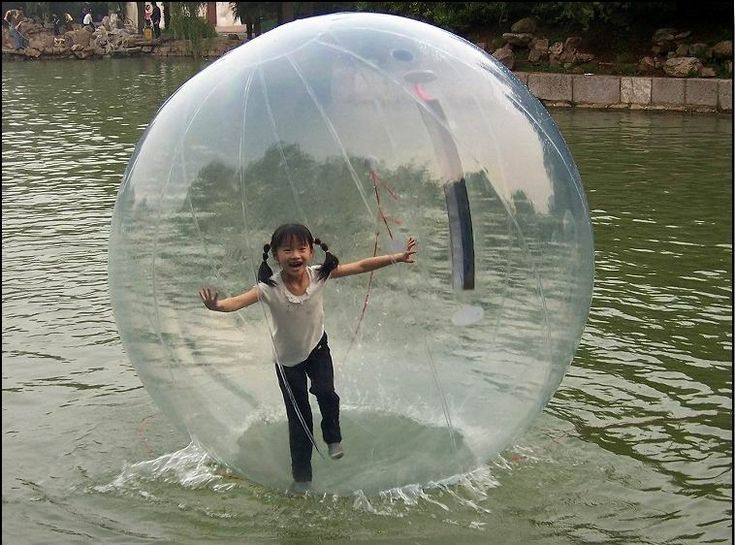 Water orb >> Fun Times! I would love to have one of these, each morning, I would go running out on the bay!